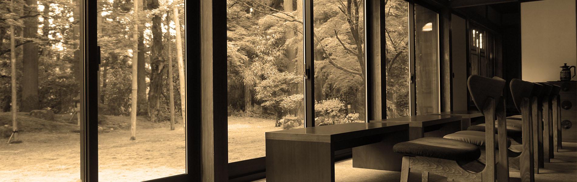 CAFE HAYASHI 苔庭を眺める客席